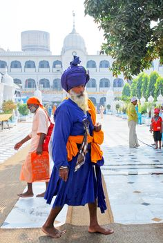 A Sikh wearing in vibrant blue outfit. India is such a colorful country.