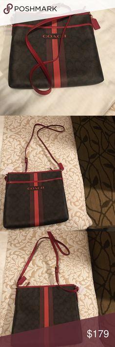 Crossbody 💯 Authentic👜 Large cross body Monogram 💯 Authentic Coach Bags Crossbody Bags