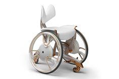 2014年11月に開催された「国際ユニヴァーサルデザイン会議2014」に出展された電動アシスト車いすのデザインコンセプト「02GEN」。「Merge(マージ)」と名付けられた通常モデル(左)のほか、ファッションデザイナーの廣川玉枝氏とのコラボで生み出された「Taurs(タウルス)」(右)も存在する