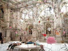 'falling garden' installation by Gerda Steiner & Jörg Lenzlinger, 2003 for the Venice Biennale within the Church of San Stae on the Grand Canal. 🌸🌸🌸🌸💕🐚 (at Venice Biennale) Grand Canal, Instalation Art, Flower Installation, Venice Biennale, Autumn Garden, Art Plastique, Surface Design, Sculpture Art, Garden Sculptures