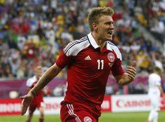 Bendtner scores twice against Portugal - DEN 2-3 POR