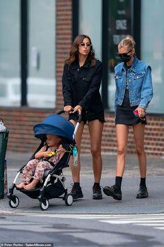 Pop Punk Fashion, Fashion Models, Fashion Outfits, Street Fashion, Stella Maxwell, Blue Crop Tops, Mommy Style, Models Off Duty, Irina Shayk
