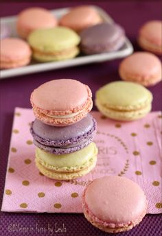 Macarons by Luca Montersino, recipe with only egg whites- Macarons di Luca Montersino, ricetta con soli albumi macarons recipe Luca Montersino - Macaroon Cookies, Biscotti Cookies, Macarons, Sweets Cake, Cupcake Cakes, Think Food, Cake & Co, Pastry Cake, Mini Desserts