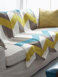 Color Pop Chevron Blanket   Yarn   Free Knitting Patterns   Crochet Patterns…