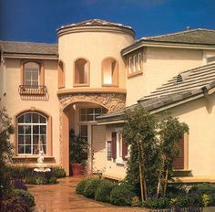 1996:  In partnership with Morgan Stanley, Lennar acquires 420 million dollar real estate portfolio