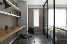 서재인테리어: husk design 허스크디자인의 서재 & 사무실 4 H, Corner Desk, Conference Room, Interior, Table, Furniture, Home Decor, Corner Table, Decoration Home