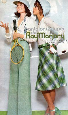 The Jours de France ad 70s Women Fashion, Seventies Fashion, Fashion History, Retro Fashion, Vintage Fashion, Vintage Style, Christie Brinkley, Moda Vintage, Historical Costume