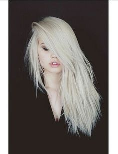 Love Debby Ryan's hair ♡