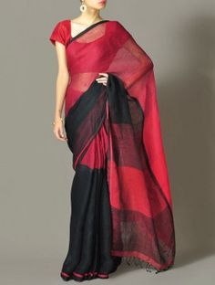 Saris - list of ideas for what to wear during the rainy or monsoon season - the short article is about India, but could definitely apply to Mali as well Indian Attire, Indian Ethnic Wear, Indian Style, Pakistani Outfits, Indian Outfits, African Fashion, Indian Fashion, Khadi Saree, Culture Clothing
