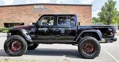 The Jeep Gladiator has us feeling a certain kind of way. Also happy to see them rocking and Two Door Jeep Wrangler, Jeep Jk, Jeep Wrangler Unlimited, Jeep Truck, Jeep Garage, Wrangler Rubicon, Suv Cars, Jeep Cars, Badass Jeep