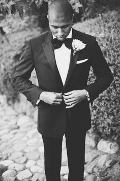 Chad looking dapper in his perfectly fitted classic tux.  See more here: http://paulvonrieter.com/brooke-chad/