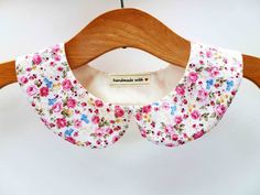 Floral Peter Pan collar. £11.00, via Etsy.