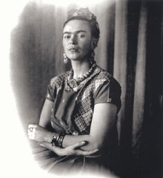 * Frida Kahlo, c. 1939 - photo Nickolas Muray