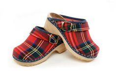 cape clogs..these are for the kids..need them in adult sizes!
