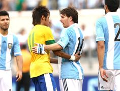 Messi Neymar jogo Brasil Argentina (Foto: Mowa Press)