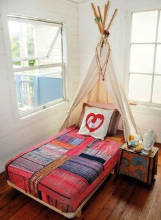 O my goodness... I would almost trade my queen bed for a twin again if I could have a teepee as bed headboard.