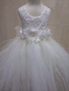 Tutu dress/Flower girl dress/Birthday por ElenaCollectionUSA, $110.00