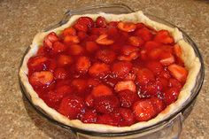 Cooking Up a Sale: Fresh From the Farmers' Market: Strawberry Pie