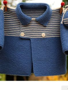 Jacket Knitwear for years is certainly trendy. Knitwear is sort of various. Baby Knitting Patterns, My Little Baby, Baby Love, Crochet Baby, Knit Crochet, Cardigan Bebe, Knit Cardigan, Baby Pullover, Baby Sleepers