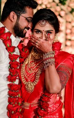 Indian Bride Poses, Indian Wedding Poses, Indian Wedding Couple, Indian Bride And Groom, Indian Bridal, Couple Photoshoot Poses, Wedding Photoshoot, Marriage Poses, Couple Wedding Dress