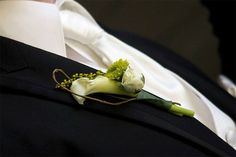 country-chic-boutonniere