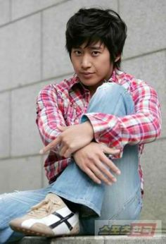 Im so crazy for Lee Wan now. i love that drama. Isnt he Handsome girls? Lee Wan, Kim Hyung, Drama, Handsome, Dramas, Drama Theater