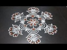 Rangoli Designs Simple Diwali, Simple Rangoli Kolam, Rangoli Borders, Free Hand Rangoli Design, Small Rangoli Design, Rangoli Border Designs, Rangoli Ideas, Rangoli Designs With Dots, Rangoli Designs Images