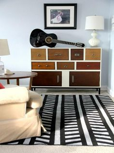 DIY Network tells you how to create a wood accent wall with peel-and-stick tile, plus find more budget decorating projects to update your home. Cool Diy Projects, Plain Rugs, Decorating On A Budget, Home Decor, Diy Rug, Home Renovation, Diy Decor, Decorating With Pictures, Diy Home Decor On A Budget