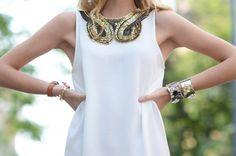 Love neckline details