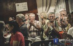 """Live im #Babenbergerhof Graz - Michael Krusche """"Lieder, Geschichten, Gedanken,...""""  Den Auftakt zur neuen Konzert-Reihe """"Live im Babenbergerhof"""" gestaltete Michael Krusche, Urgestein der #steirischen #Musikszene, seit mehr als 30 Jahren mit #Geige und #Gitarre unterwegs, verwoben mit der Musik aus der Tradition, aber genauso in anderen Stilen zuhause, und wenn er seine eigenen Texte singt, wird es ruhig im Raum, weil man einfach zuhören muss."""