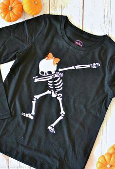 Last Minute Halloween Things - Dab Skeleton, Glow In The Dark T-Shirt -. Halloween Shirts Kids, Halloween Vinyl, Halloween Design, Cute Halloween, Kids Shirts, Tee Shirts, Halloween Halloween, Silhouette, Lifestyle Blog