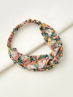 Flower Print HeadbandCheck out this Flower Print Headband on Romwe and explore more to meet your fashion needs! Flower Hair Accessories, Women Accessories, Floral Style, Headband Hairstyles, Flower Prints, Romwe, Free Gifts, Headbands, Boho
