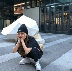 Kim Bo Bae, Hyun Bin, Ulzzang Girl, Korean Girl, My Style, Tik Tok, Random Stuff, Palm, Kpop
