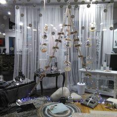 Empresa Chandelier, Ceiling Lights, Lighting, Home Decor, Candelabra, Decoration Home, Light Fixtures, Room Decor, Chandeliers