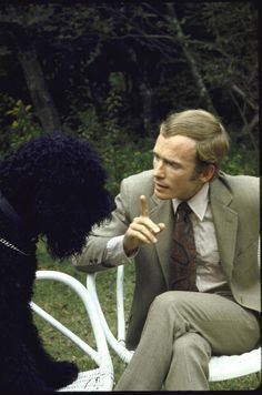 Dick Cavett with poodle at his home.  News Photo 50369453 | Getty Images
