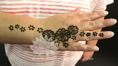 Mehndi For Ankle : Amazing mehndi designs for legs and feets simple