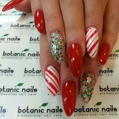 #christmasnails #nailart candy cane stiletto nails