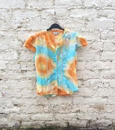 ★ Brilliant Blue ★ Short Sleeve Blouse Womens Yellow Orange & Blue Tie Dye10 size 10 #womens #blouse #tiedye https://www.facebook.com/permalink.php?story_fbid=1547590185475856&id=100006746689441&substory_index=2