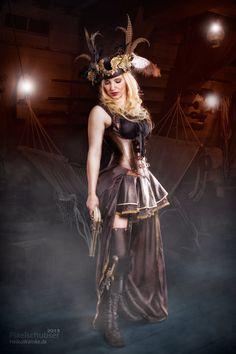 Pirates Girl by Heiko Warnke, via 500px