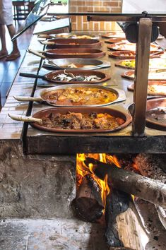 Brazil - Itacaré - a place you may not want to leave - HeNeedsFood - Fornalha . - Brazil – Itacaré – a place you may not want to leave – HeNeedsFood – Fornalha Restaurante - Bbq Kitchen, Outdoor Kitchen Bars, Outdoor Oven, Backyard Kitchen, Outdoor Kitchen Design, Outdoor Cooking, Kitchen Decor, Outdoor Kitchens, Outdoor Bars