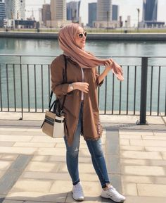 187 blazers hijab casual outfits – page 1 Modern Hijab Fashion, Muslim Women Fashion, Hijab Fashion Inspiration, Trendy Fashion, Girl Fashion, Fashion Outfits, Style Fashion, Arab Fashion, Casual Hijab Outfit