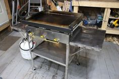How to Make an Outdoor Griddle: 9 Steps (with Pictures) Welding Table Diy, Diy Table, Vintage Industrial Furniture, Industrial Table, Industrial Design, Custom Bbq Smokers, Diy Grill, Outdoor Stove, Container Shop