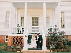Photography: Amy Arrington Photography - www.amyarrington.com  Read More: http://www.stylemepretty.com/2014/03/20/classic-burge-plantation-wedding/