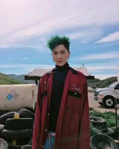 Mino is trying to look handsome, but failed. cause he already handsome hahaha! #winner #songmino