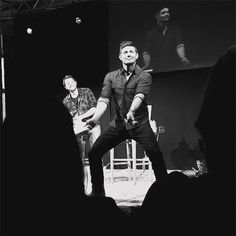 (gif) Dancing Jensen Ackles - he's so adorkable!