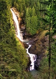You've probably heard of Snoqualmie, Palouse, or Spokane Falls, but here are 10 more heavenly cascades in Washington to venture out to:
