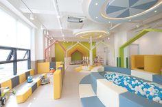 Kindergarten Interior, Kindergarten Design, Cafe Interior, Interior Design, Kids Restaurants, Hotels For Kids, Kids Indoor Playground, Kids Cafe, Hospital Design