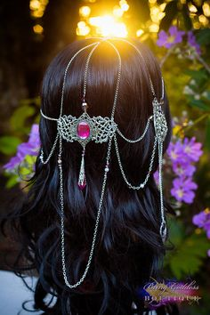If the gems were red it would be perfect for Erica. Headpiece Jewelry, Head Jewelry, Elven Queen, The Black Cauldron, Circlet, Makeup Designs, Fantasy Jewelry, Handmade Silver, Hair Pieces