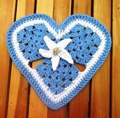 A site that shares the art of crochet through pictures, patterns, tips, special techniques and more.
