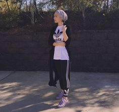 Hijab + Athleisure (Maria Alia) the question is what to wear to the gym